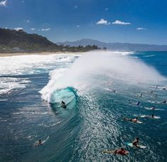 Triumph Cafe Racer, Sup Surf, Learn To Surf, Surf Trip, Surf Style, Surfs Up, Ocean Waves, Kayaking, Surfboard