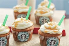 Salted Caramel Starbucks Cupcakes- ARE YOU KIDDING ME! Get me my glitter uggs, my iphone, and these Starbucks cupcakes, and ill be all set! Cupcake Party, Fun Cupcakes, Cupcake Cakes, Simple Cupcakes, Heart Cupcakes, Cupcake Icing, Starbucks Cupcakes, Starbucks Birthday, Köstliche Desserts