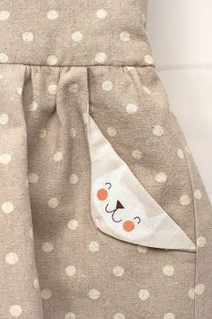 Lotta Dress Compagnie M with TOO cute pocket details. See original post for glitter tattoo bow, too. Sewing Kids Clothes, Sewing For Kids, Diy Clothes, Little Girl Dresses, Little Girls, Baby Boy Outfits, Kids Outfits, Baby Dress Design, Diy Baby Gifts