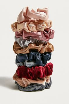 The scrunchie is our perfect throwback hair accessory that we never get sick of. Pull your hair back with this charming set of velvet scrunchies that we cant resist. Content Care Set of 10 Polyester spandex Spot clean Hair Accessories For Women, Fashion Accessories, Fall Accessories, Accessories Store, Urban Outfitters, Accesorios Casual, Parfait, Vsco, Velvet Hair