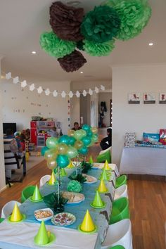 How great does this Gruffalo party look? Love the decorations, the colour coordinated places and the balloons! Second Birthday Ideas, Fourth Birthday, 3rd Birthday Parties, Gruffalo Activities, Gruffalo Party, Birthday Numbers, Colorful Party, Baby Party, Party Planning