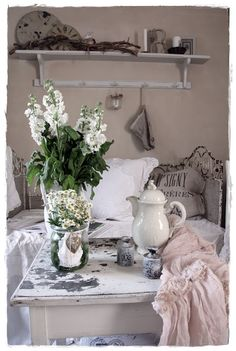 Vintage ~ shabby n chic decoration decor