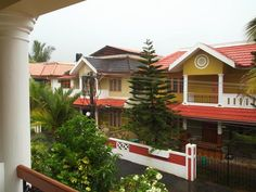 1600 sqft 3 BHK house for sale in Kozhikode.It is situated in 5.6 cents at skyline medows,Near to civil station. Buy, sell, rent properties in kozhikode through http://www.sichermove.com