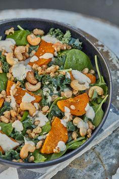 Eat your greens💚 . Bean Salad Recipes, Chicken Salad Recipes, Healthy Salad Recipes, Homemade Caesar Salad Dressing, Creamy Salad Dressing, Honey Roasted Carrots, Roasted Beet Salad, Green Bean Salads, Spinach Stuffed Mushrooms
