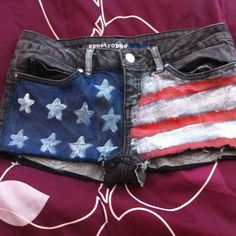 My forth of July shorts. Cut off, painted <3