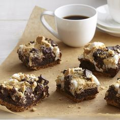 Tantalize your tastebuds with these recipes and find product information. Sweets Recipes, Brownie Recipes, Cooking Recipes, Desserts, Chocolate Nests, Chocolate Topping, Tiramisu Oreo, Biscuit Oreo, Waffles