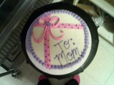 """The """"cool"""" way to give mom a present. Dairy Queen Cake :)"""