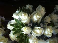 Touch of bling in brides bouquet 8-17