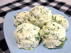 Quark-Käse Aufstrich • Rezept | weltinmir.de Potato Salad, Salads, Muffin, Food And Drink, Potatoes, Breakfast, Ethnic Recipes, Brown Bread, Glutenfree