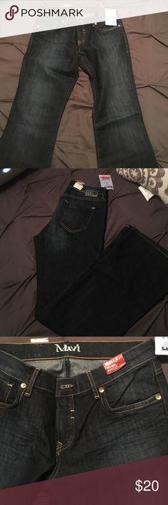Mavi Denim Never worn denim jeans, tags still attached. Mid rise boot cut jeans Mavi Jeans Boot Cut