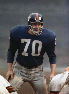 Sam Huff  Before the Cleveland Browns snap the ball at Yankee Stadium 12/17/1961