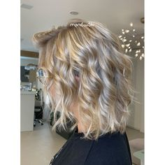 Medium Hair Styles, Long Hair Styles, Blonde Hair, Beauty, Instagram, Yellow Hair, Mid Length Hairstyles, Long Hairstyle, Long Haircuts
