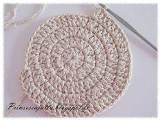 Prinsessajuttu: Kattausliinat (ohje) Doilies, Crochet Earrings, Crochet Hats, Diy, Jewelry, Curtains, Ideas, Crocheting, Knitting Hats