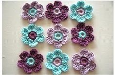Love this color scheme for a flower blanket!