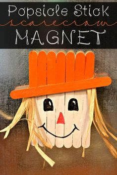 Popsicle Stick Scarecrow Magnet.... A fun and easy kids craft to make. Plus it looks super cute on the fridge. #Halloween