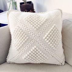 New crochet pillow case cushion covers patterns ideas Knitted Cushion Covers, Crochet Pillow Cases, Cushion Cover Pattern, Crochet Pillow Pattern, Knitted Cushions, Knit Pillow, Crochet Shawl, Crochet Patterns, Blanket Crochet
