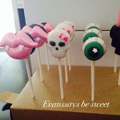 Monster High cake pops by Evanssays be sweet