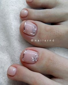 Trendy French Pedicure Novelties of French Design Pedicure, Trends&Photo Ideas in 2020 Feet Nail Design, Toe Nail Designs, French Pedicure Designs, Pretty Toe Nails, Cute Toe Nails, Diy Nails, Acrylic Toe Nails, Toe Nail Art, Pedicure Nail Art