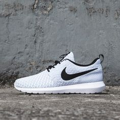 watch 1d536 a0562 Up your sneaks game in the Nike Roshe Run Flyknit Trainer Nike Free Runs,  Running