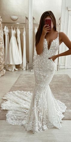 Eleganza Sposa Wedding Dresses 2020 White Wedding Dress Lace Wedding Dresses A Line Wedding Dresses Tulle Wedding Dress # Bridal Dress # Bridal Dresses # Wedding Dress # Line Spag. Lace Wedding Dress With Sleeves, V Neck Wedding Dress, Wedding Dress Trends, Modest Wedding Dresses, Bridal Dresses, Wedding Gowns, Wedding Ideas, Form Fitting Wedding Dresses, Lace Gowns