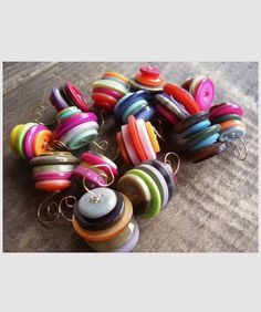 recycled button christmas ornaments #ornaments