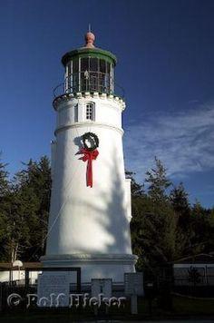 Photo of a wreath adorning the Umpqua RiverLighthouse near Christmas in Oregon, USA.