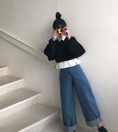 Korean Outfits, Retro Outfits, Cute Casual Outfits, Vintage Outfits, Girl Outfits, Fashion Outfits, Fashion Quiz, Casual Clothes, 80s Fashion