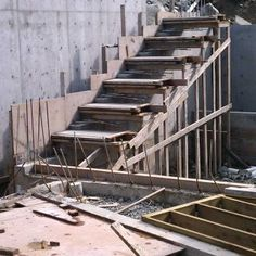 Close Up to the Process of Building Cantilevered Concrete Stair – Architecture Admirers