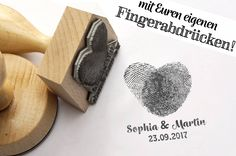 Names & Monograms - Stamp with (your) fingerprints - e .- Namen & Monogramme – Stempel mit (Euren) Fingerabdrücken – ein Designerstück v… Names & Monograms – stamp with (your) fingerprints – a unique product by Fotogruesse on DaWanda - Funny Wedding Favors, Wedding Humor, Wedding Invitations, Wedding Trends, Wedding Tips, Wedding Cards, Dream Wedding, Forest Wedding, Button Family Picture