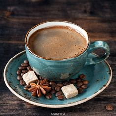 Delicious specialty-grade organic coffee with REAL SPICED! Coffee Cup Art, Coffee Is Life, Coffee Cafe, My Coffee, Coffee Drinks, Coffee Shop, Coffee Photos, Coffee Pictures, Chocolate Coffee