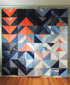I really love the colors used here in this quilt by Stacey Lee O Malley of SLOstudio.