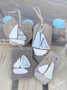 Items similar to beach christmas decorations, nautical christmas, sail boats & driftwood, christmas gifts, set of 4 on etsy - A beautiful hand selected piece of the Isle of Wight driftwood adorned with beautiful sea ceramic I - Beach Christmas Ornaments, Nautical Christmas, Christmas Gift Sets, Driftwood Christmas Decorations, Beach Christmas Decor, Christmas Wedding, Driftwood Crafts, Seashell Crafts, Beach Crafts