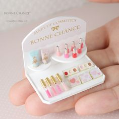 Miniature Manicure Set ♡ ♡ By Bonne Chance Ensemble de manucure miniature ♡ By Good Luck Doll Crafts, Cute Crafts, Diy And Crafts, Crafts For Kids, Cute Polymer Clay, Cute Clay, Polymer Clay Charms, Miniature Crafts, Miniature Dolls