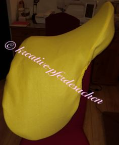Neuer Sattelschoner in gelb Fashion, English Saddle, Yellow, Nice Asses, Moda, Fashion Styles, Fashion Illustrations, Fashion Models