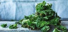 Rask og sunn grønnkålchips Herbs, Snacks, Dishes, Simple, Food, Guilty Pleasure, Drink, Fitness, Tips