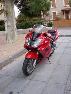 #Honda #VFR800 #Umberto