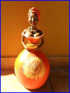 Namoradeira de corpo ,  Linda e charmosa pode alegrar sua casa, peça de decoração. R$ 51,00