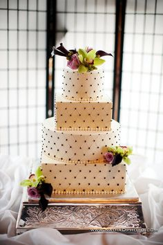 """I love the color scheme of this cake and the """"Parisian"""" feel to it. Tres Jolie"""