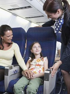 The DOs and DON'Ts of taking your kids on an airplane. #parenting #kids #travel