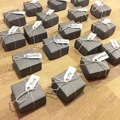 Billedresultat for fødselsdagsbilleder svigersøn Diy And Crafts, Paper Crafts, Origami Paper, Holidays And Events, Decoration, Event Planning, Christmas Cards, Place Cards, Table Settings
