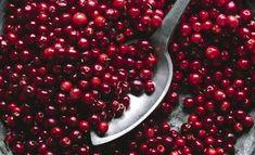 Mitä tehdä puolukoista? 8 herkullista reseptiä Cherry, Fruit, Food, Essen, Meals, Prunus, Yemek, Eten