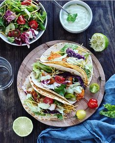 2,023 отметок «Нравится», 49 комментариев — Valeria (@yummy_pp_recipe) в Instagram: «Fish tacos with cilantro-avocado sauce Recipe in English in comments Есть тут любители…»