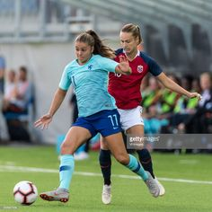 Lieke Martens of The Netherlands women, Caroline Graham Hansen of Norway women during the FIFA Women's World Cup 2019 qualifying match between Norway and The Netherlands at the Intility Arena on September 2018 in Oslo, Norway Female Football, Women's Football, Football Girls, Football Match, Fifa Women's World Cup, Fc Barcelona, Sports Women, Goal, Lady