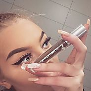 Make-up artist reveals best Eyebrow product of 2016