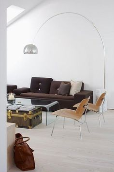 "Achille Castiglioni would implore his students to ""Start from scratch. Stick to common sense. Know your goals and means.""  #arcolamp #floorlamp #homedecor #interiordesign"
