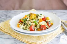 Quinoa Breakfast Scramble - water, quinoa, olive oil, mushrooms, bell pepper, spinach, tomatoes.