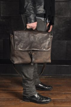 School Shoulder Bag, even if it's best for a man...love the worn look leather!