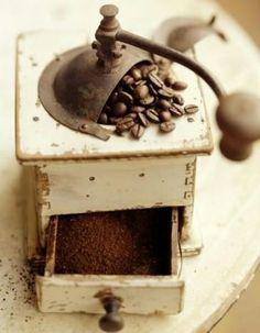 Coffee grinder- Nada como el olor del café... #Scents #Food