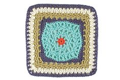 this little square makes me wanna learn to knit.