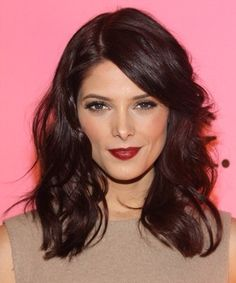 By Vikkie Vo. #wavy #darklips #brunette @Bloom.com